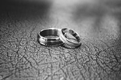 就職 結婚